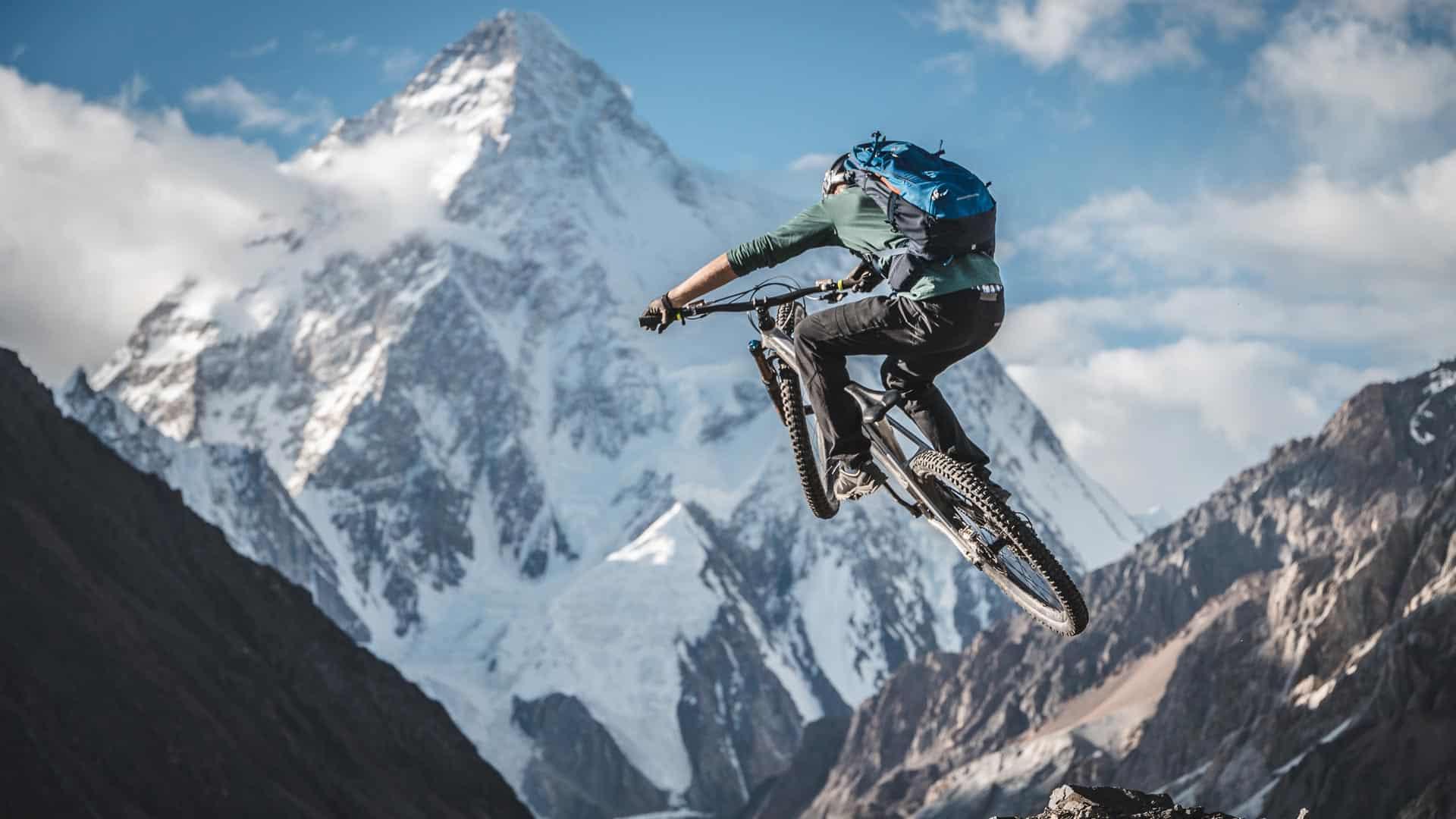 Facing K2 - Ein Mountainbike Abenteuer in Pakistan mit Gerhard Czerner